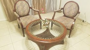 """41"""" round antique table with 2 chairs for Sale in Orlando, FL"""