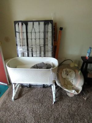 Baby crib 20$ for Sale in Denver, CO