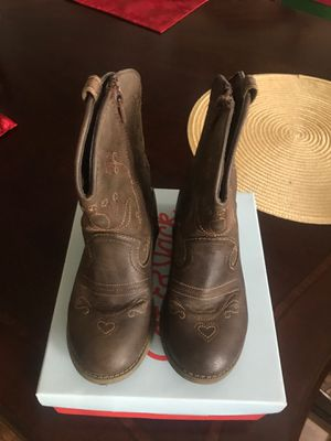 Cat & Jack girls cowboy boots, size 12 for Sale in Los Angeles, CA