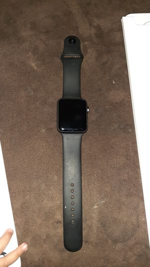 Apple watch series 3 42mm for Sale in Fresno, CA
