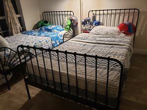 Twin bed frames for Sale in Waipahu, HI