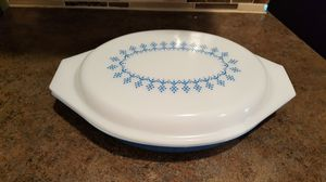 Vintage Pyrex 1 Qt Divided Oval Casserole Snowflake Blue for Sale in Liberty Lake, WA