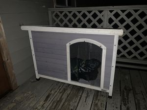AWESOME OUTDOOR DOG HOUSE! for Sale in Redmond, WA