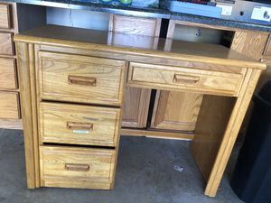 Study Table -Free for Sale in Bloomingdale, IL