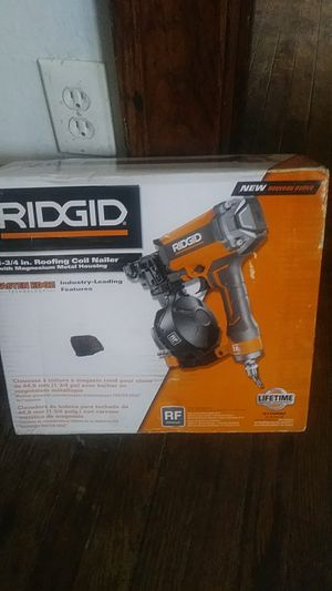 Roofing Coil nail gun 1-3/4 in for Sale in Detroit, MI