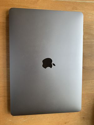 2018 MacBook Air i5 w/ adapters (Price negotiable) for Sale in Prairie View, IL
