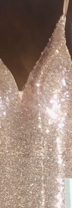 blush v drop dress for Sale in Washington,  IL