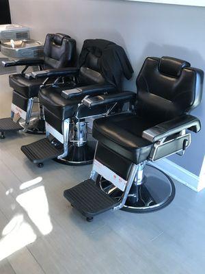 Black n Metal Barbershop Chair's for Sale in Atlanta, GA