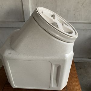 Dog Food Container for Sale in Redwood City, CA
