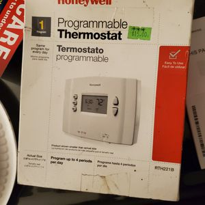 HONEYWELL Brand Programable Thermostat for Sale in Garden Grove, CA