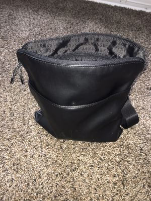A|X ARMANI EXCHANGE MEN'S CROSS BODY BAG - BLACK for Sale in Alexandria, VA