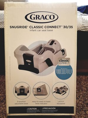 Graco Classic Connect car seat base for Sale in Denver, CO