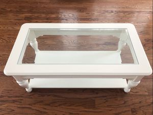 White wooden coffee table glass top for Sale in Dunwoody, GA