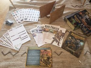 Pathfinder RPG Core Rulebook and Beginner Box for Sale in LOS RNCHS ABQ, NM