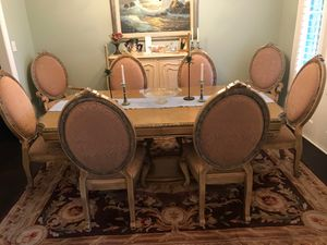 Dining Room Table and 8-Chairs for Sale in Gulfport, MS