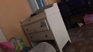Free changing table for Sale in Pomona, CA