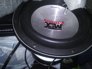 Mtx 9500 series aluminum cone w thread stitching don't make these any more. Subwoofer for Sale in Seattle, WA