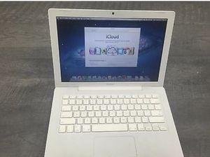 Vintage white MacBook for Sale in Redding, CA