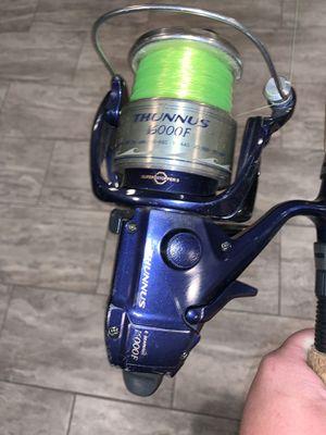 SHIMANO THUNNUS 1600f bait runner spinning reel for offshore fishing for Sale in Dundalk, MD