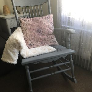 Rocking Chair for Sale in Carlstadt, NJ