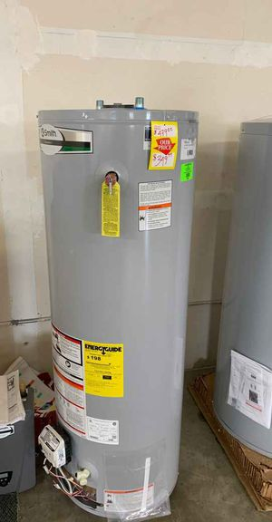 NEW AO SMITH 40 gallon WATER HEATER 1GA for Sale in Fort Worth, TX