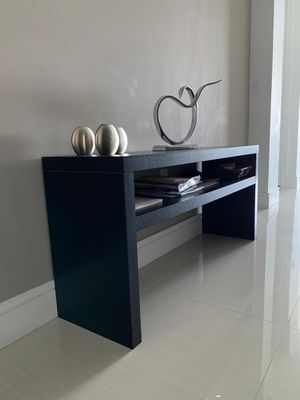Table for Sale in Cutler Bay, FL