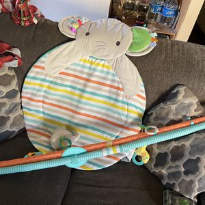 Baby Tummy Time for Sale in Naval Air Station Point Mugu, CA
