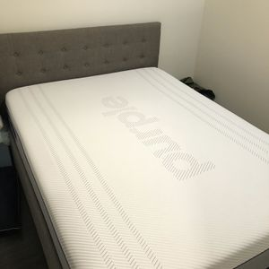 Like New Queen Purple Hybrid Mattress for Sale in Portland, OR