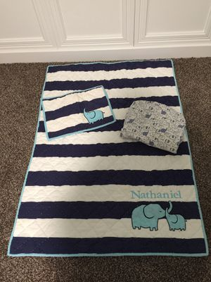 Pottery Barn Kids Crib Bedding Set & Wall Art for Sale in Bakersfield, CA