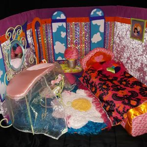 Groovy Girls Bedroom Set And More for Sale in Minnetrista, MN