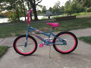 Huffy Sea Star Children's Bike for Sale in Enfield, CT