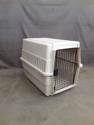 Medium dog crate or kennel in good condition $35 for Sale in Boise, ID