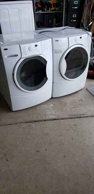 Kenmore elite HE4 washer and electric dryer for Sale in Lockport, IL