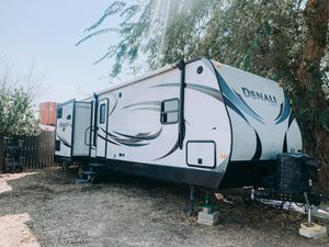 2014 Dutchmen Denali Travel Trailer for Sale in Canyon Lake, CA