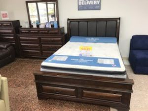 New Gloria Queen Bedroom Set (bed, dresser, mirror and nightstand) ONLY $1099. NO CREDIT CHECL FINANCING for Sale in Tampa, FL