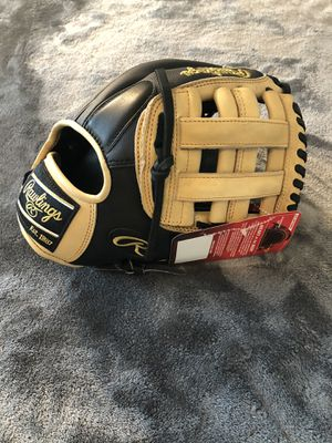 NEW Rawlings Heart of the Hide PRO205-6BCSS Baseball Glove 11.75 Inches for Sale in Tampa, FL
