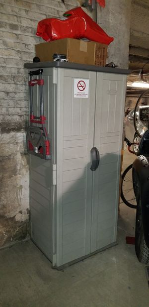 Storage shed / Garage cabinet, very functional for Sale in Chicago, IL