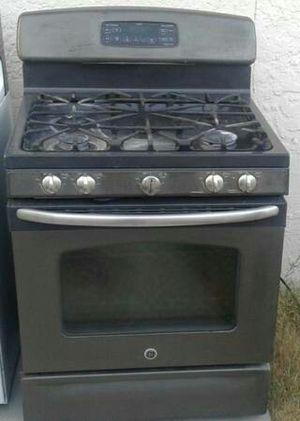 GE gas Range 5 burner works great Can deliver for Sale in Las Vegas, NV