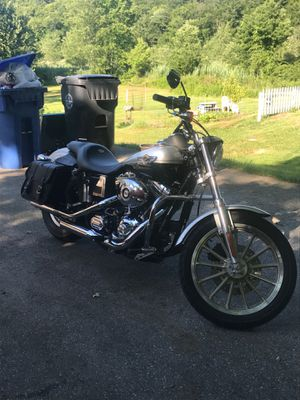 2003 Harley Davidson FXDL only 8,000 miles!! for Sale in Chaplin, CT