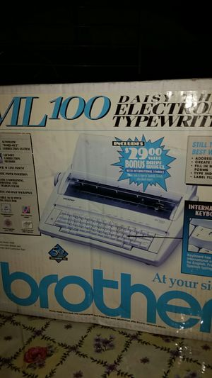 Brother ml100 typewriter for Sale in Los Angeles, CA
