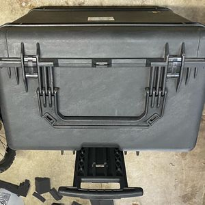 Pelican 1690 Waterproof Case for Sale in Portland, OR