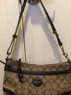 Coach Shoulder bag of Cross body Bag for Sale in Seattle,  WA