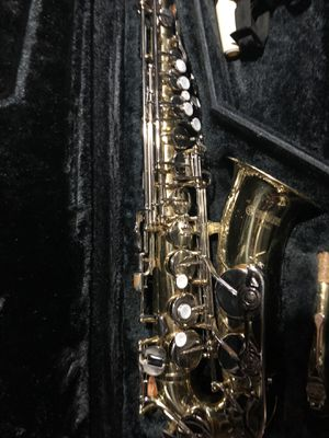 Yamaha Alto Saxophone with hard case for Sale in Quincy, MA