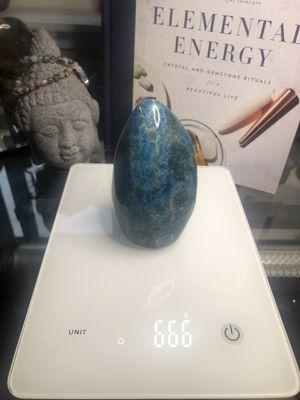 Large blue apatite freeform for Sale in Stockton, CA