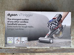 No Offers new sealed Dyson V7 Trigger vacuum for Sale in Tamarac, FL