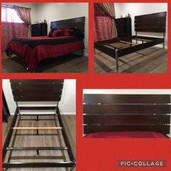 Full Size Bed Frame & Box Spring for Sale in Whittier,  CA