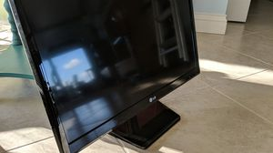 "24"" LG TV for Sale in St. Pete Beach, FL"