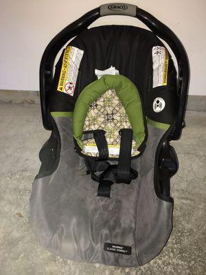 Infant car seat/ carseat for Sale in Elkridge, MD
