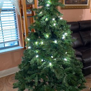 6' Christmas Tree for Sale in Fort Worth, TX