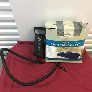 Twin Size Air Mattress for Sale in Los Angeles, CA